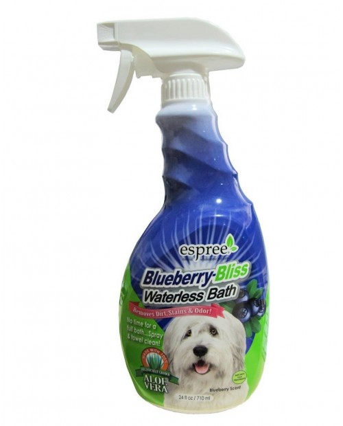 "Espree Blueberry Bliss Waterless Bath 710ml - jagodowy szampon w sprayu, do kąpieli ""na sucho"""